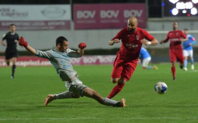 Hotspurs make sure of win with early goals